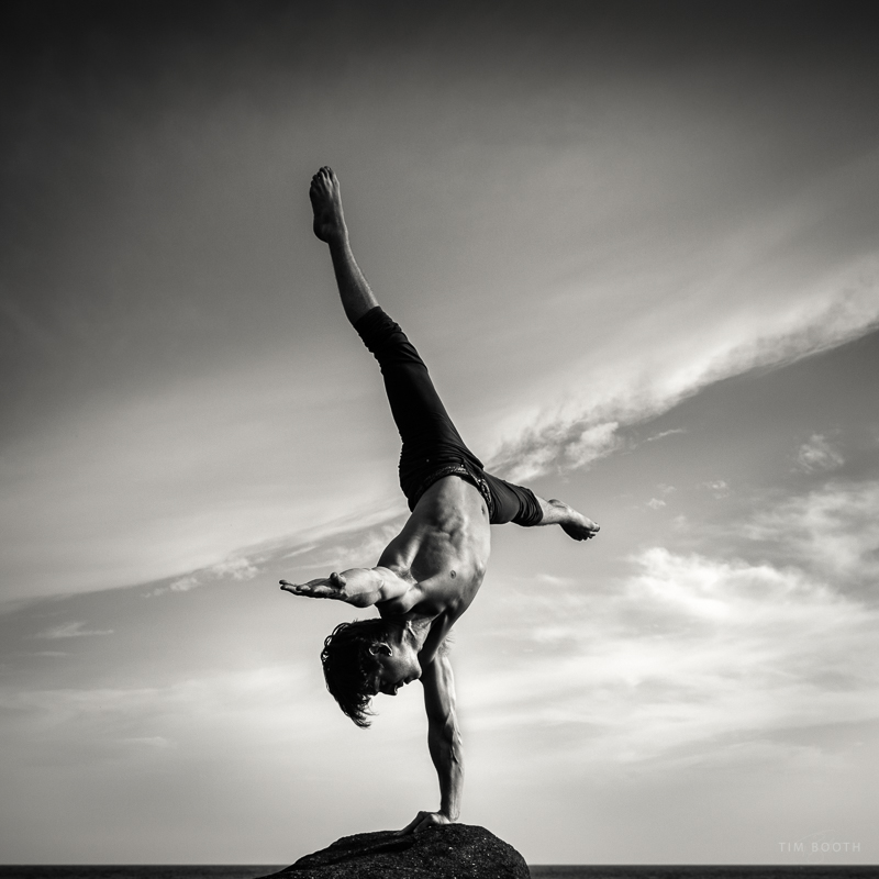 Jake Oob at West Bay Handbalancing